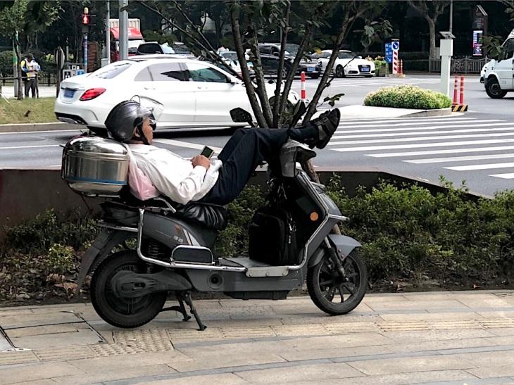 Caroline Boudehen - carnetsdeshanghai.com - ma rue ce village d'irréductibles chinois 1