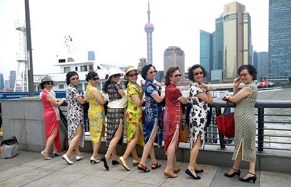 carnetsdeshanghai.com_caroline boudehen COUV